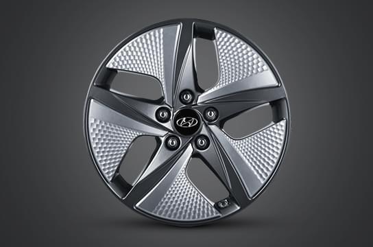 "IONIQ hybrid 17"" alloy wheels"