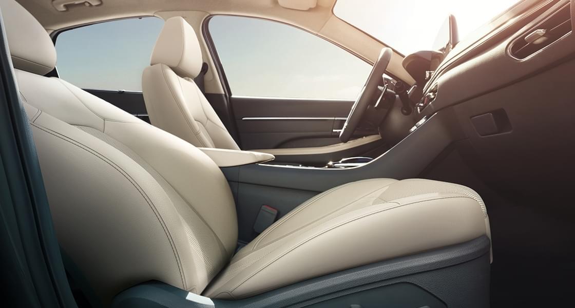 Premium relation seat (passenger)